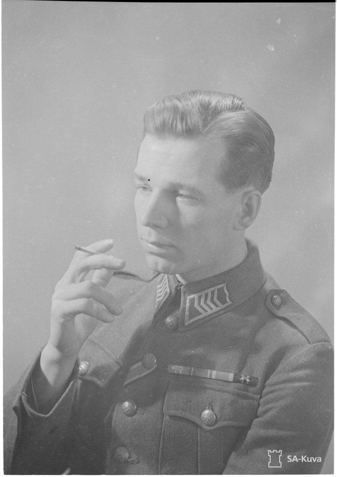 Ylikersantti Mikko Pöllä. SA-Kuva.
